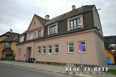 Kompletně zrekonstruovaný byt 3+1 s garáží, Josefův Důl, okr. Jablonec n/Nis., Ev.č.: 261611