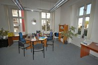 1 kancelář 1