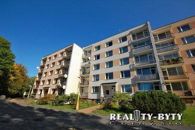 Prodej bytu 4+1 s lodžií a garáží, Liberec, Rochlice - ul. Majakovského, Ev.č.: 261911