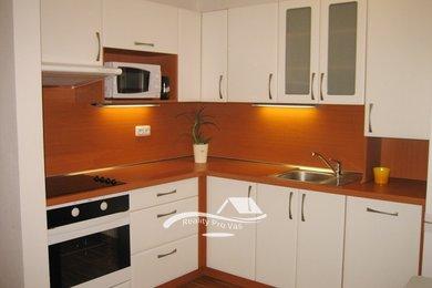 Pronájem bytu Brno-Bohunice, zařízený byt 1+kk Čeňka Růžičky