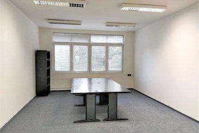Pronájem prostorů k podnikání 21 m2 Brno-Komárov ul. Sladkého, Ev.č.: 100210