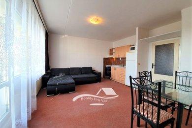 Pronájem bytu Brno-Starý Lískovec, byt 2+kk s lodžií ul. U Hřiště, Ev.č.: 100255