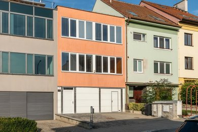 Prodej domu 6+kk Brno-Obřany ul. Zázmolí, Ev.č.: 100256