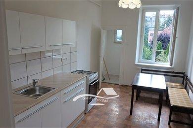 Byt k pronájmu Brno-Královo Pole, rekonstruovaný byt 2+1 ul. Vodova, Ev.č.: 100262