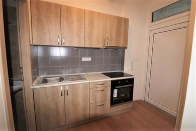 Pronájem bytu Brno-střed (Zábrdovice) - byt po rekonstrukci 1+1 Cejl, Ev.č.: 99822-2