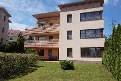 Pronájem bytu Brno-Líšeň, velký byt 3+1 se zahradou ul. Podbělová, Ev.č.: 100371
