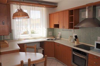 Pronájem bytu Brno-Líšeň, byt 3+1 s park. stáním ul. Horníkova, Ev.č.: 100374