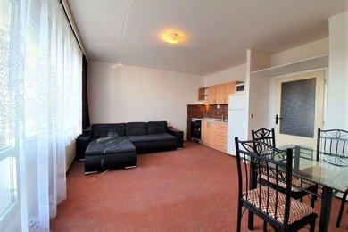 Pronájem bytu Brno-Starý Lískovec, byt 2+kk s lodžií ul. U Hřiště, Ev.č.: 100376