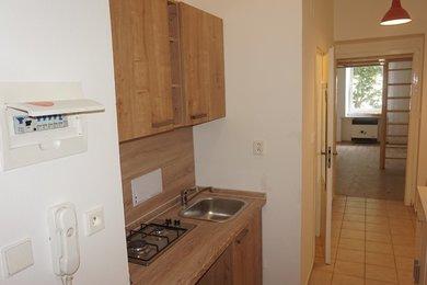 Pronájem bytu Brno-Husovice, rekonstruovaný byt 1+kk Nováčkova, Ev.č.: 100406