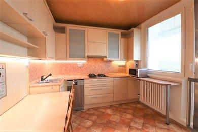 Pronájem bytu Brno-Kohoutovice, rekonstruovaný byt 2+1 Chalabalova, Ev.č.: 100420