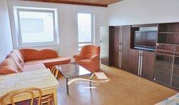 Pronájem bytu Brno-Medlánky, kompletně zařízený byt 2+kk Palírenská