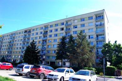Pronájem bytu 3+1L, 78m²  U Pivovarské zahrady, ÚL - Krásné Březno