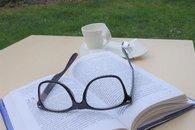 Chvíle pro knihu na zahradě