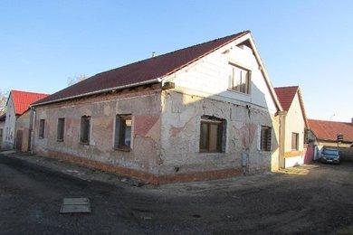 Prodej, Rodinné domy, 391m² - Pečky - Velké Chvalovice, Ev.č.: 00351