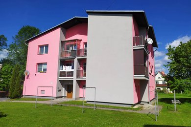 Prodej bytu 3+1 s garáží v obci Banín, Ev.č.: 043/2021