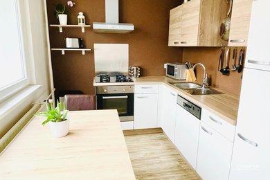 Prodej bytu 2+1, 56 m² - Jablonec nad Nisou - Mšeno nad Nisou, Ev.č.: 00069