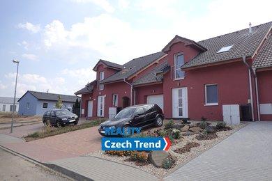 Exkluzivní prodej rodinného domu  190 m²  8 km od Olomouce v obci Hostkovice., Ev.č.: 01114