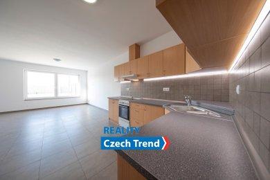 Pronájem bytu 4+kk, 143m² s předzahrádkou a garáží - Boční ulice - Olomouc, Ev.č.: 01517