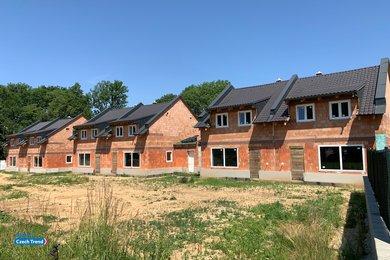 Prodej rodinného domu RD8, 5+kk, 138 m², se zahradou 467 m², Velký Týnec, Ev.č.: 01638