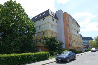 Pronájem bytu 4+1, 108m² - Olomouc - ul.Bacherova, Ev.č.: 01648