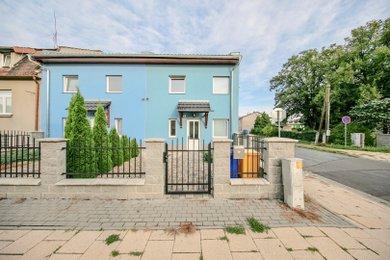 Pronájem rodinného domu 4+kk + pracovna s garáží, Hodolany, Olomouc, Ev.č.: 01678