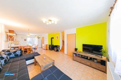 Prodej, Rodinné domy, 199m² - Svésedlice, Ev.č.: 01768