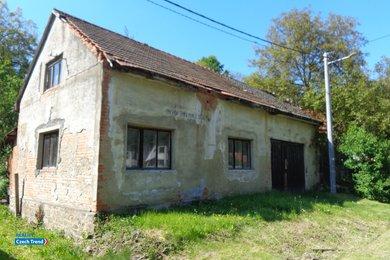 Prodej rodinného domu, 151 m² s podsklepenou stodolou, Ev.č.: 01842