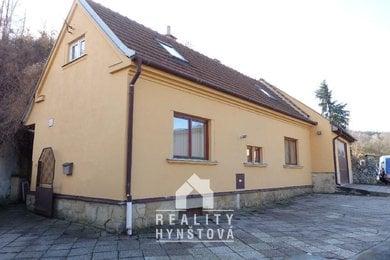 Prodej, Rodinný dům 3+1, garáž, část. podsklepený,pěkná lokalita, CP 233 m², Spešov, okr. Blansko, Ev.č.: 19010255