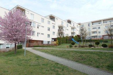 Prodej, Byt 2+kk OV, pěkná lokalita, cihla, vlastní plyn. kotel, balkon, sklep, CP 55,45 m², Blansko, část Zborovce, Ev.č.: 19010259