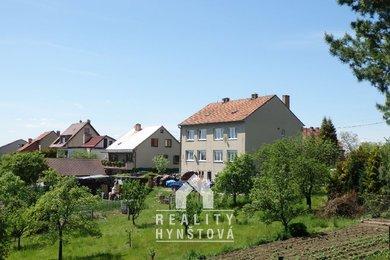 Pronájem;Pěkné bydlení v blízkosti přírody, byt 3+kk, po rekonstrukci, se zahrádkou a krytým posezením; CP 79 m2, Blansko, část Těchov, Ev.č.: 19010267
