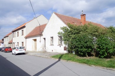 Prodej, Rodinný dům, pěkné místo na okraji obce, 1 447 m² , obec Újezd u Boskovic, Ev.č.: 19010285
