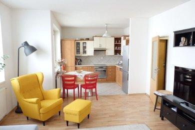 Podnájem, Byt 3+kk, cihla, pěkná dispozice, velká šatna, 2 x balkon, CP 84,50 m²,Blansko, Ev.č.: 19010293