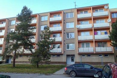 Prodej rekonstruovaného bytu 2+1 blízko centra, CP 62,10 m²,  Boskovice, ul. Mánesova, Ev.č.: 20010311