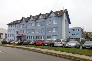 Pronájem, Kanceláře, 12 m2, 14,50 m², 31,21 m2, 25,80 m2, 28,05 m2, ...Blansko, Ev.č.: 20010331