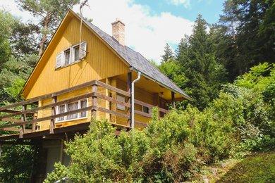 Chata na krásném místě v blízkosti Moravského Krasu u  lesa a rybníka , CP 620 m2, Vysočany - Housko, okr. Blansko, Ev.č.: 20010340