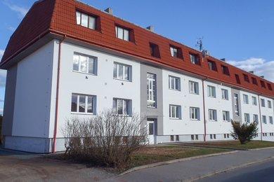 Pronájem bytu 2+1 v cihlovém domě po rekonstrukci, částečně zařízený, CP 66,60 m²,  Letovice, ul. Bezručova, Ev.č.: 20010344