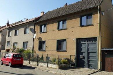 Prodej, Rodinný dům 4+1; po kompletní vnitřní rekonstrukci s rovinatou zahradou, sklepem; CP 639m² - Spešov, okr. Blansko, Ev.č.: 20010351