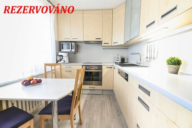 V žádané lokalitě Blansko -Sever pěkný byt  3+1 v OV, kousek od přehrady Palava; CPÚ 84 m² , ul. Salmova, Blansko, Ev.č.: 20010354