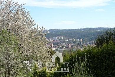 Prodej zahrady s možností výstavby chaty, studna, elektřina u pozemku, CP 426 m², Blansko, Ev.č.: 21010395