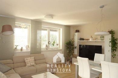 Pronájem zařízeného bytu 3+kk s terasou, parkovacím stáním, klimatizací; kousek od centra města; CP 74m²+ terasa, sklep - Blansko, ul. Mánesova, Ev.č.: 21010419