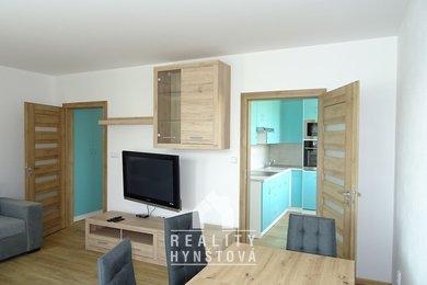 Pronájem zařízeného bytu 2+1 s lodžií, po velmi zdařilé rekonstrukci, sklep; CP 56,9 m² - Blansko, Zborovecká, Ev.č.: 21010420