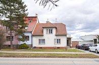 Prodej rodiného domu 5+1 se zahradou 1080 m²- Slavkov u Brna