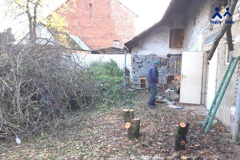 Kovalovice_zahrada_2