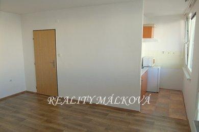 Pronájem, Byty 1+kk, 37m² - Pardubice - Polabiny, Ev.č.: 00173