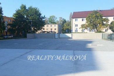 Pronájem, Garážové stání, 15m² - Pardubice - Ohrazenice, Ev.č.: 00224
