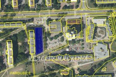 Prodej, Pozemky pro komerční výstavbu, 2045m² - Pardubice - Polabiny, Ev.č.: 00264