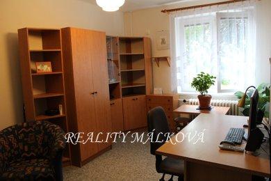 Pronájem, Byty 1+kk, 24m² - Pardubice - Zelené Předměstí, Ev.č.: 00330