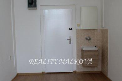 Pronájem, Kanceláře, 15m² - Pardubice - Zelené Předměstí, Ev.č.: 00364