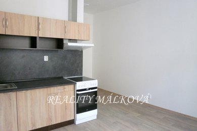 Pronájem, Byty 1+kk, 20m² - Pardubice - Zelené Předměstí, Ev.č.: 00386