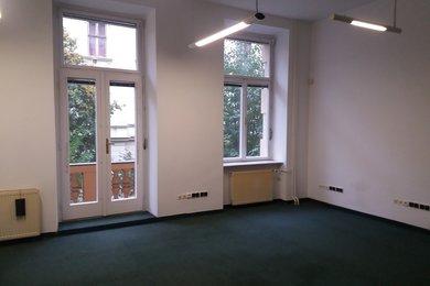Pronájem kancelářské jednotky 101 m2 u Lužáneckého parku, Ev.č.: 000878